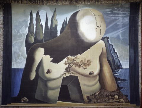 THE DALÍ THEATRE-MUSEUM: THE CURTAIN RISES