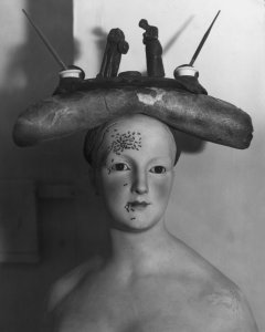 Retrospective Bust of a Woman, ca. 1936. Photograph from the Hulton Archive